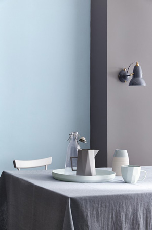 pale-wedgwood-dining-room