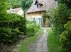 Un chemin dans le jardin du Petit-Bordeaux